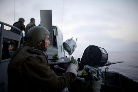 قوات الاحتلال الإسرائيلي تفتح النار على الصيادين.