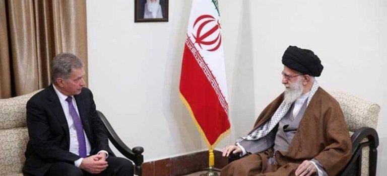 السيد خامنئي: قتل الشعب اليمني من قبل السعودية أسوأ أشكال الإرهاب